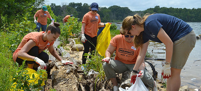 More than 60 volunteers from SMECO and NRECA worked at the Alice Ferguson Foundation's educational campus to clean the shoreline, help in the garden and barnyard, maintain trails, and more.